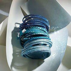 Mesh swarovski bracelets in blue Swarovski Slake Bracelet, Swarovski Jewelry, Crystal Jewelry, Swarovski Crystals, Fashionista Street Style, Elegant Watches, Bijoux Diy, Charm Jewelry, Fine Jewelry
