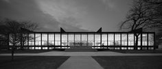 Mies Van Der Rohe Crown Hall - Chicago