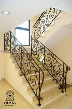 Wrought Iron Staircase, Wrought Iron Stair Railing, Wrought Iron Doors, Staircase Railings, Staircase Wall Decor, House Staircase, Modern Staircase, Staircase Design, Balustrade Balcon