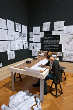"""Laboratorio didattico per sperimentare """"la Confessione creatrice"""",  pubblicata da Klee nel 1920 quando ha inizio la sua attività didattica presso il Bauhaus a Weimar."""