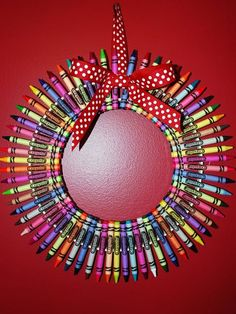 Fun art project for the holidays. #backtoschool http://www.ivillage.com/homemade-teacher-gift-ideas-theyll-use-and-love/6-b-458205#458226