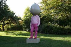 Erwin Wurm, Pumpkin, 2009, James Smith, courtesy Galerie Thaddaeus Ropac, http://www.thisistomorrow.info/viewArticle.aspx?artId=131=The%20Frieze%20Art%20Fair%20Sculpture%20Park