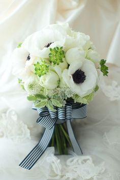 beautiful flowers and music Anemone Wedding, Rustic Wedding Flowers, Bridal Flowers, Flower Bouquet Wedding, Floral Wedding, Bride Bouquets, Floral Bouquets, Victorian Wedding Themes, Budget Flowers