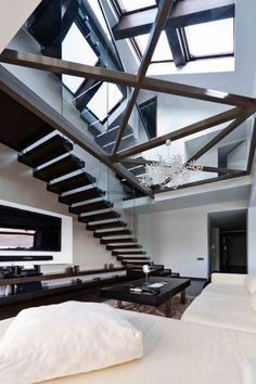 Three-story-loft in Romania by In-Situ Architects | La Beℓℓe ℳystère