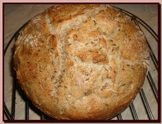 1 hour bread from Pretty Veggie Czech Recipes, Russian Recipes, Y Recipe, Dutch Oven, Food Photo, Food Dishes, Whole Food Recipes, Goodies, Veggies