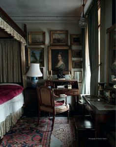 English country style interior of Sir Albert Richardson (1880-1964), leading English architect. His Bedfordshire home.