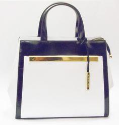 Stilig veske i blankt skinn Hermes Kelly, Ted Baker, Tote Bag, Bags, Fashion, Handbags, Moda, Fashion Styles, Hermes Kelly Bag
