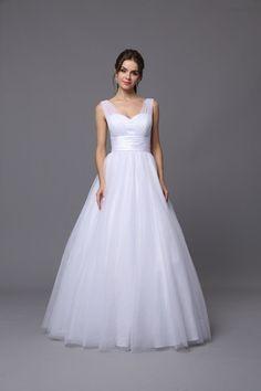 #Elegant #tulle #deb #dress