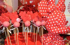 #popcake Mickey e Minnie By Andrea Guimarães #disney