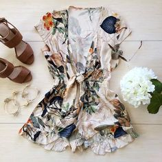 How to Chic: FLORAL ROMPER - OUTFIT SET