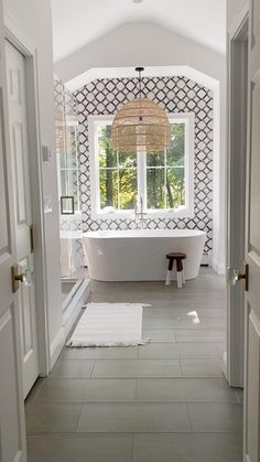Our newly renovated master bathroom! Get all the details and sources in my post! Bathroom Renovations, Home Renovation, Home Remodeling, Bathroom Design Luxury, Master Bathroom Designs, Small Master Bathroom Ideas, Large Bathroom Design, 1920s Bathroom, Small Bathroom Interior