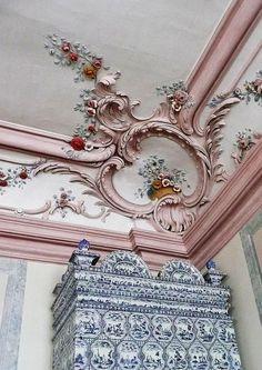Details, details...Rundale Palace, Latvia, photo by Ger Boam via Flickr.