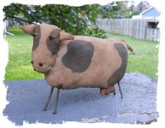 ZOO ANIMALS-NOAHS ARK SERIES-Primitive COW epattern