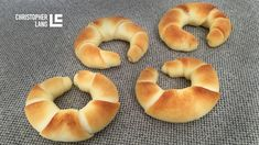 Christopher's Milchkipferl - Schmeck's Bagel, Bread, Breakfast, Food, Header, Tiramisu Recipe, Morning Coffee, Brot, Eten