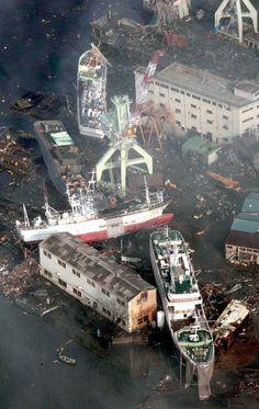 Ships drifted by tsunami sit on the land near a port in Kesennuma, Miyagi Prefecture, Saturday morning, March Japan Earthquake, Earthquake And Tsunami, Earthquake Damage, Abandoned Ships, Abandoned Places, Natural Phenomena, Natural Disasters, Tornados, Tsunami 2011