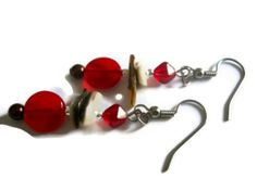 Chocolate Pearl Earrings Natural Lip Shell by chicagolandia, $17.00