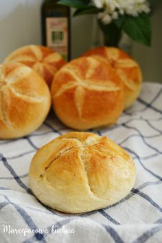 Bread Recipes, Cooking Recipes, Bakers Gonna Bake, Biscuit Bread, Good Food, Yummy Food, Bread Cake, Polish Recipes, Sourdough Bread
