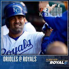 Kendrys Morales' homer gets a #Royals win started. #ForeverRoyal | royals.com