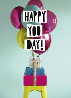 It is your day, your happy you day! #Hallmark #HallmarkNL #Wenskaart #VersvandePers