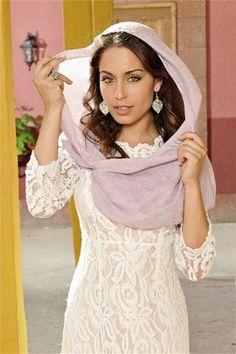"""Los secretos de vestuario de """"el Principe"""" con Hiba Abouk"""