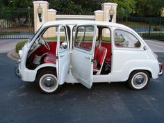 Multipla #3 Fiat 500, Weird Cars, Cool Cars, Vespa Bike, Miniature Cars, Fiat Abarth, Small Cars, Car Pictures, Motor Car