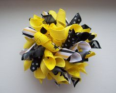Hair bow for the bee-day girl