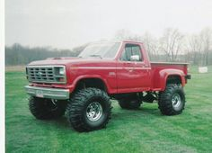86 on running a 351 my dream truck. Soon to come true! Christine Ann is happy happy happy Big Ford Trucks, 1979 Ford Truck, Ford 4x4, Lifted Trucks, Cool Trucks, Pickup Trucks, Chevy Stepside, F150 Truck, Sweet Cars