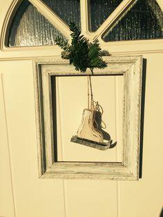"""Dörrkrans"" / frame on door"