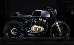 1980 Suzuki GSX 250 Cafe Racer by C-Racer #motorcycles #caferacer #motos | caferacerpasion.com