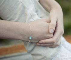 Mint bird bracelet - Spring jewelry - Tiny jewelry - Chain bracelet (BT011)