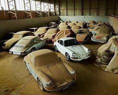 The Porsche Carrera GT earned some notoriety several years ago when it figured in the tragic death of actor Paul Walker. Porsche Autos, Porsche Cars, Porsche 356, Porsche Carrera, Porche 911, Porsche Factory, Volkswagen, Vw Bus, Porsche Models