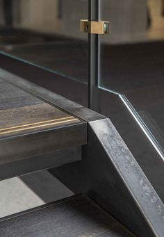 Amuneal: Magnetic Shielding & Custom Fabrication | Outrigger Stair System
