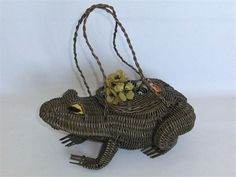 Vintage Wicker Frog Purse