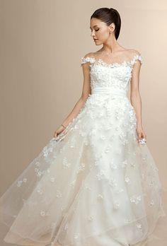 5 rochii de mireasa pentru o nunta in aer liber