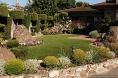 Amazing Grass Landscaping For Home Yard07