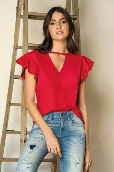 Blusa Manga Corta Rojo Kurti, Off The Shoulder, Zara, V Neck, Blouse, My Style, Womens Fashion, Outfits, Clothes