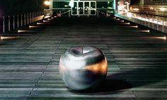 objet décoratif pour extérieur en forme de pomme