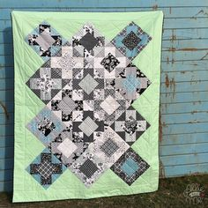 """Vera""- Quilt, Pattern by ""Bryan House Quilts"", Riley Blake Fabrics"