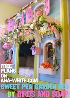 Sweet Pea Garden Bunkbed  Is this cool or what?  It's times like this I think about grandkids...