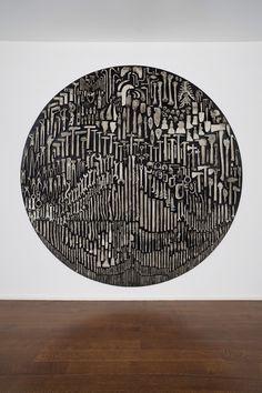 History — Nick van Woert, 2012White bronze and steel304cm diameter x 7.6cm depth120 inch diameter x 3 in depth.