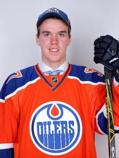 Connor McDavid's journey toward widely expected NHL superstardom officially began Friday night when the Edmonton Oilers grabbed him with the top overall selection in the draft. Connor Mcdavid, Wayne Gretzky, Edmonton Oilers, A Decade, Nhl, Hockey, The Selection, Hot Guys, Goals