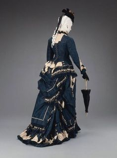 Elegant, but what a faff to dress every morning! (American dress, 1874–75)