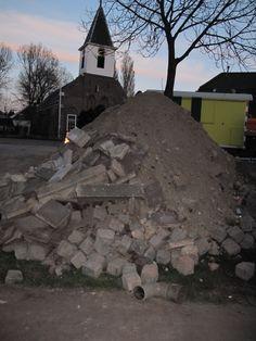 Kinderkopjes; opgegraven basaltblokken.