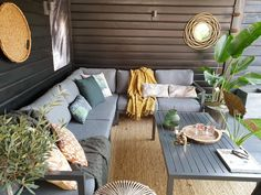 Home And Garden, Outdoor Decor, Outdoor Sectional Sofa, Interior, Concrete Floors, Black Walls, Interior Inspo, Wooden Diy, Lounge