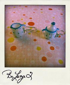 Un Sucre et un Nuage de Lait (canne)- A Lump of Sugar A Drop of Milk (cane) boucles d'oreille/earrings    http://www.facebook.com/photo.php?fbid=262828424036&set=a.262787944036.140479.129100514036&type=3&theater