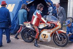 1976 BARRY SHEENE AND MICHELIN :  a love story Barry inspired us to work even harder. Some say he was conservative because he didn't want to run a slick tyre on the front, but that's not true; he simply demanded feedback and sensations from his front tyre that our product did not deliver. He motived us to make progress.