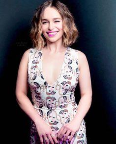 Emilia Clarke - Check eye cream reviews on social media  http   imgur 3feee7f78