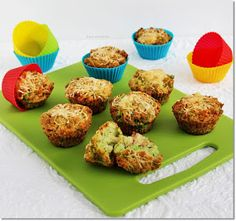 Gizi-receptjei. Várok mindenkit.: Brokkolis-sajtos muffin Muffin, Bacon, Dinner, Breakfast, Recipes, Food, Shapes, Diet, Oatmeal
