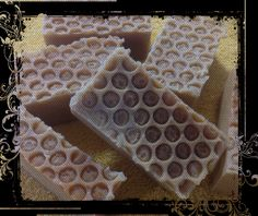 Goats milk and Manuka Honey Soap in a honeycomb pattern. This soap is totally natural and very moisturizing, nourishing with the skin healing properties of pure Manuka Honey.