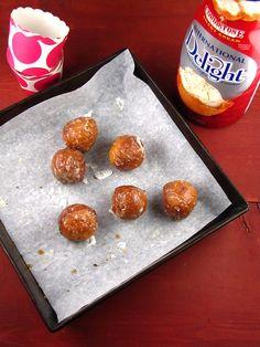 Sweet Cream Glazed Donut Holes | Miss in the Kitchen #IDLove